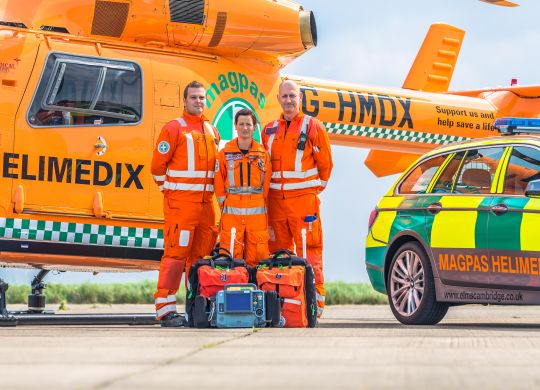 Anne-Mark--Keiran-with-the-BMW-and-Magpas-Helimedix-Air-Ambulance-Close-up.jpg