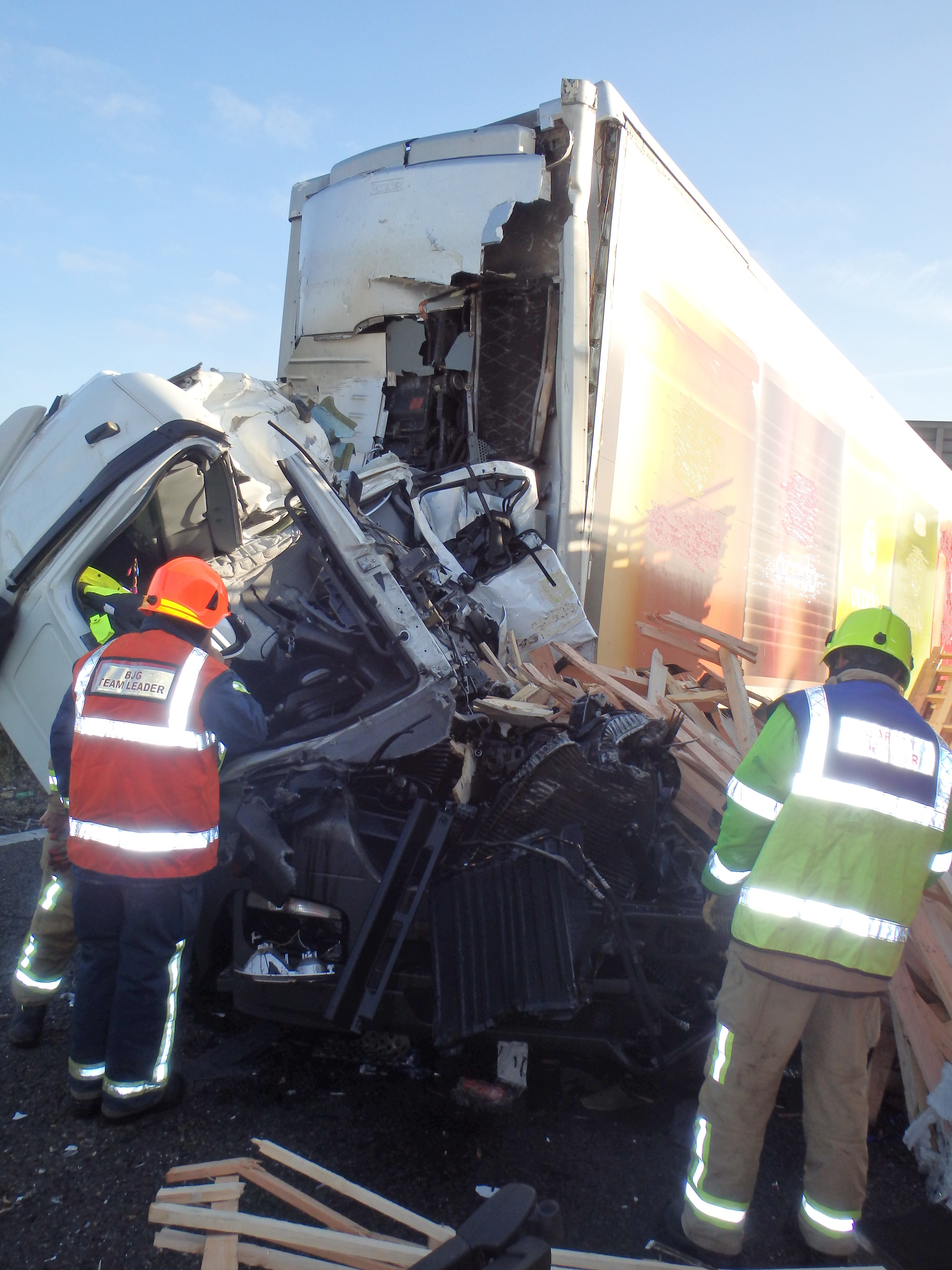18-June---Lorry-vs-Lorry-on-M25-nr-Dartford-Hazleman--Pearce.jpg