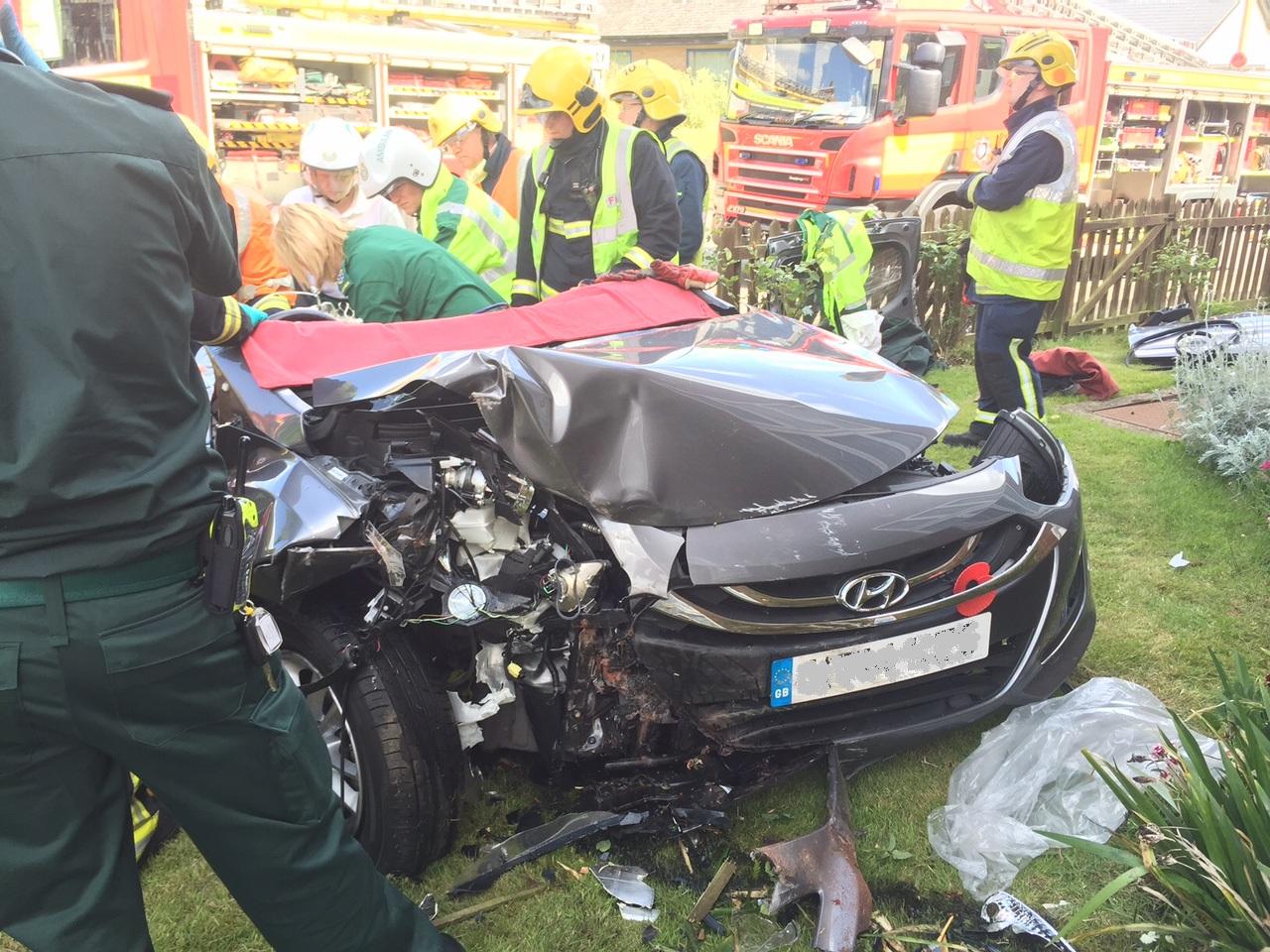 Incident-photo-of-car-vs-house-nr-Milton-Keynes---Courtesy-of-Magpas-Helimedix.jpg