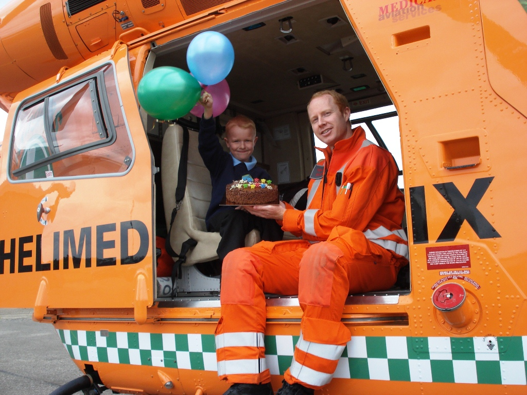 LOW-RES---Bradley-Spanton-with-Magpas-Dr-Tom-Odbert-in-the-Magpas-air-ambulance.jpg