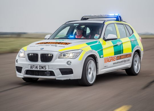 LOW-RES---Magpas-Air-Ambulance-Rapid-Response-BMW.jpg