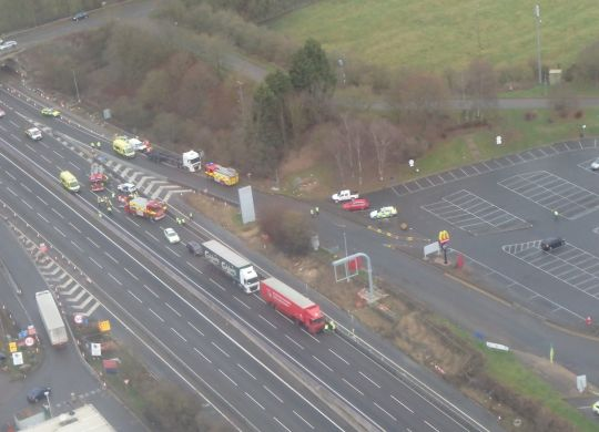 M1-nr-Watford-Gap-serious-RTC-on-23rd-December---incident-photo-courtesy-of-Magpas-Air-Ambulanc_20161223-154300_1.JPG