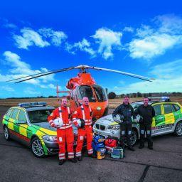 5MB-Magpas-Air-Ambulance-helicopter-and-rapid-response-cars.jpg