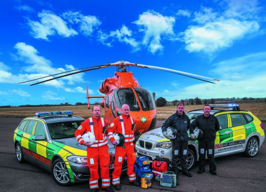5MB-Magpas-Air-Ambulance-helicopter-and-rapid-response-cars.jpg