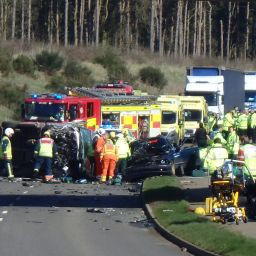 3x-vehicle-RTC-Northamptonshire-A428---Dr-Haldane-and-Paramedic-Hawkins.jpg