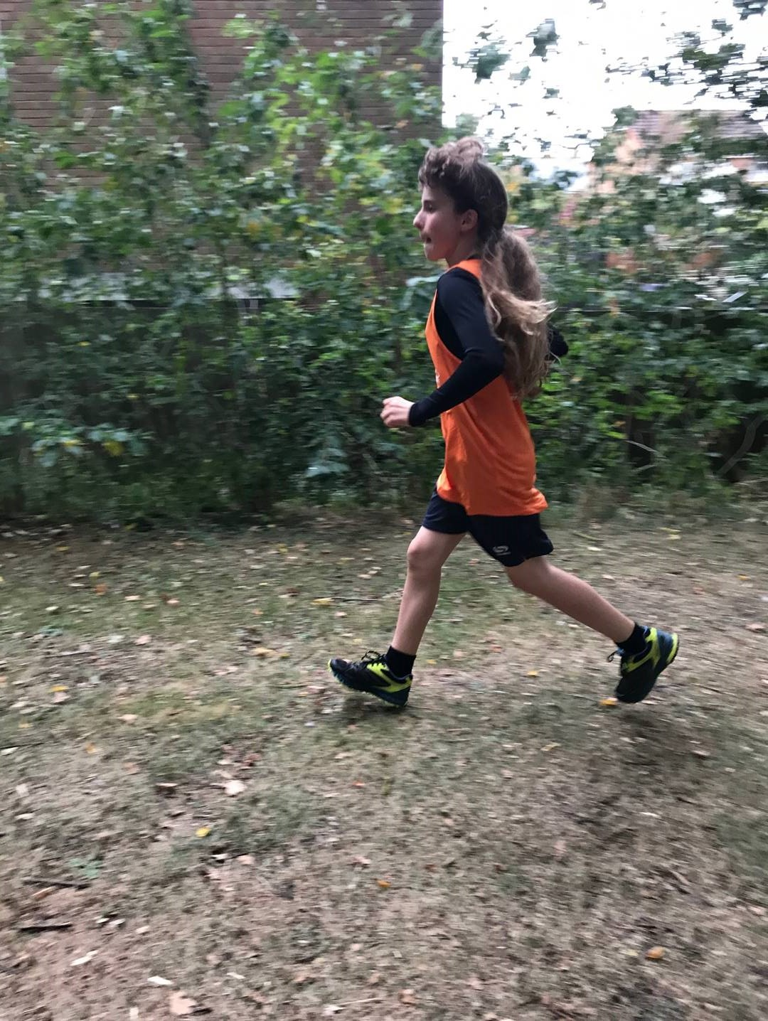 Bethany running as she prepares to go Further Faster Greater to raise vital funds to keep the Magpas Air Ambulance flying